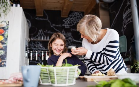 How to Manage Peripheral Neuropathy Pain When Interacting with Children